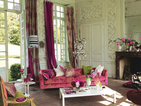 Designers guild belvedere for Pink living room wallpaper