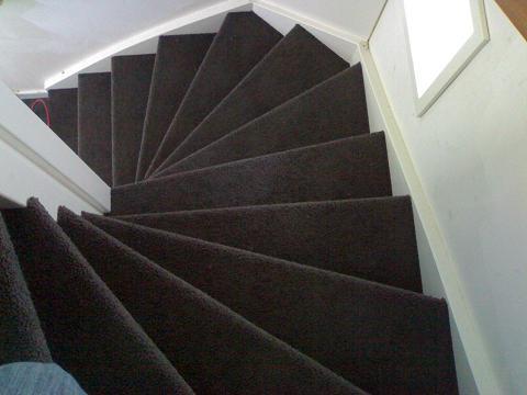 Trap Tapijt Leggen : Tapijt op trap leggen kosten traprenovatie prijs van snel