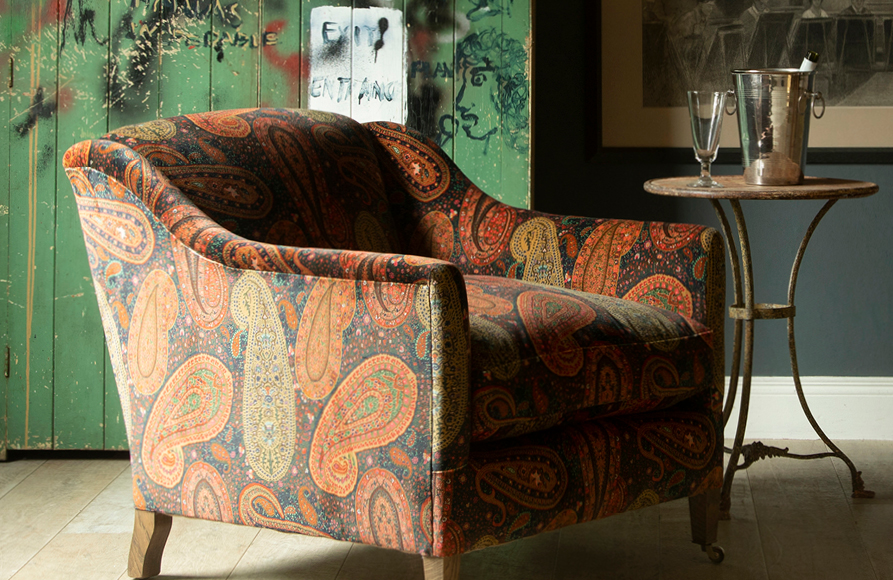 Mulberry Home - Long Weekend_PEREGRINE PAISLEY VELVET : SPICE