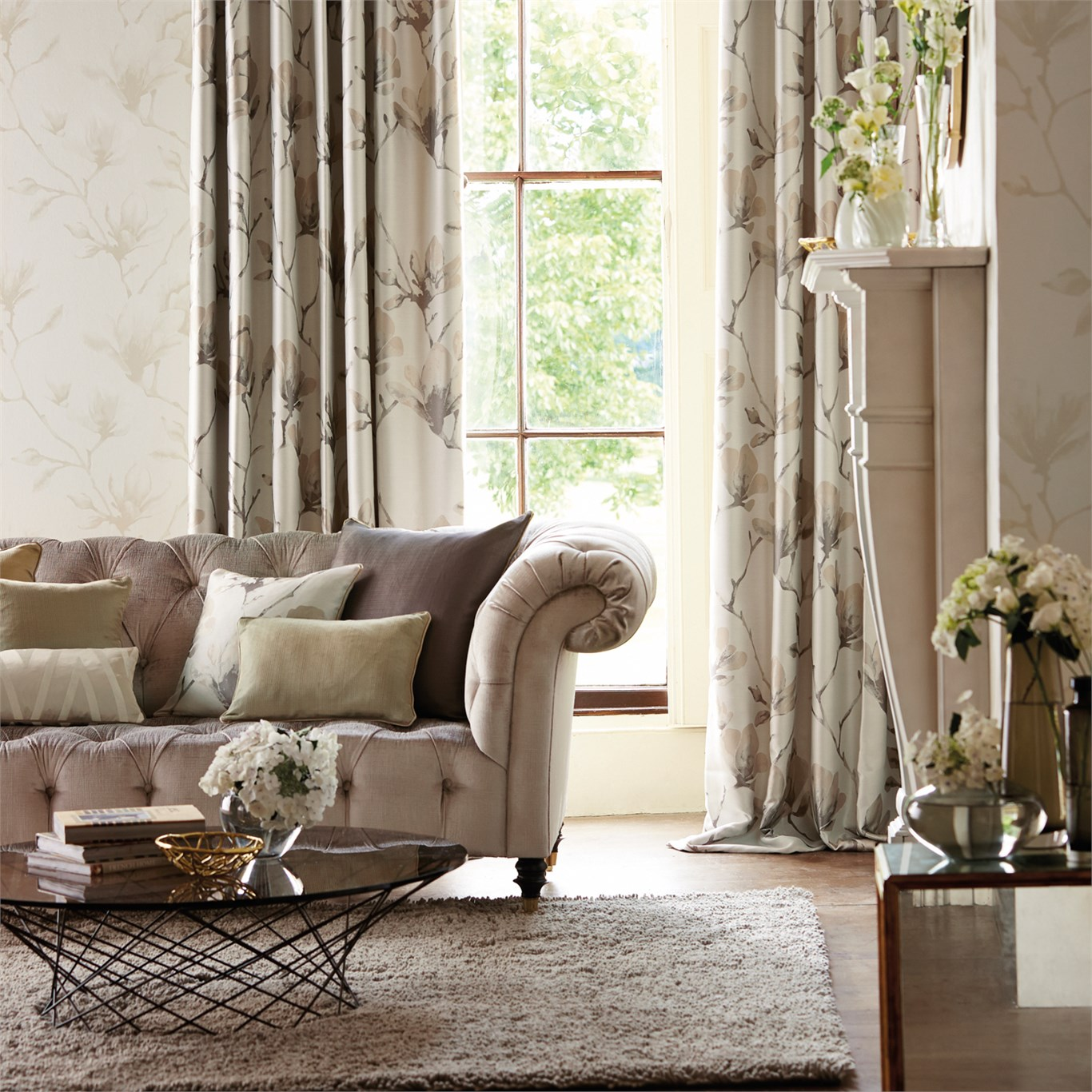 Rosings, gebloemde meubelstoffen en gordijnstof in engelse cottage ...